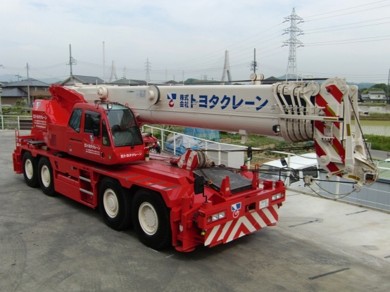 CREVO 700 GR-600N-2 60トン吊り